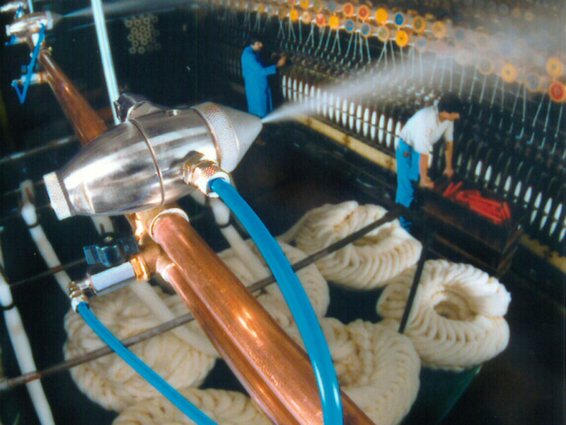 JetSpray humidification in textile processing